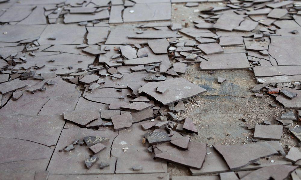 Broken-asbestos-flooring